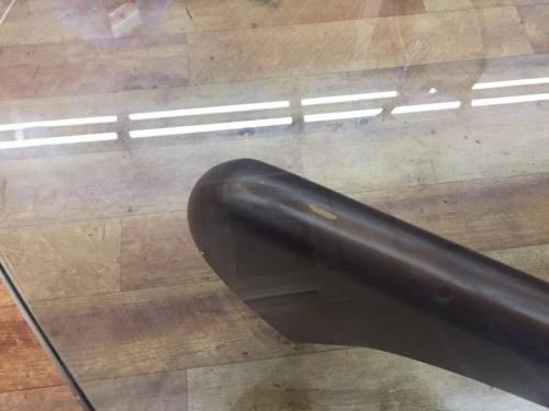 ガラステーブルのノグチイサム