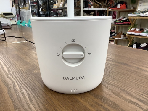 BALMUDA(バルミューダ)のデスクスタンドライト