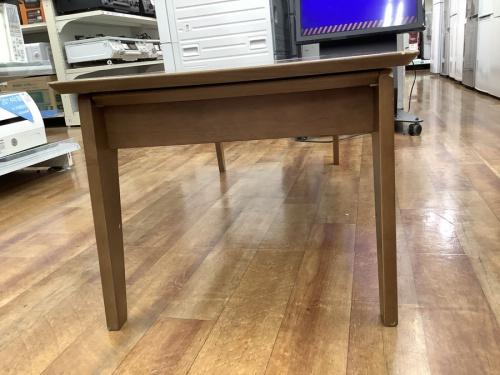 テーブルのオーク材ラウンジテーブル2