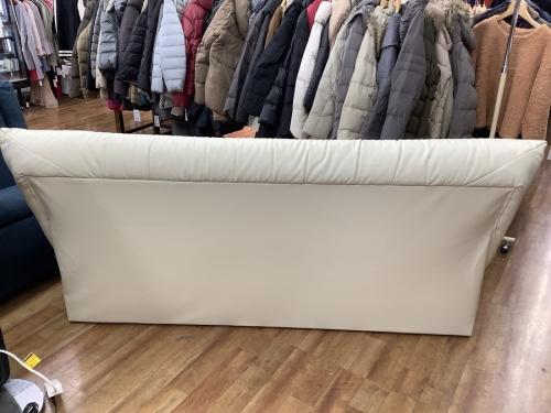 2人掛けソファーの北欧風