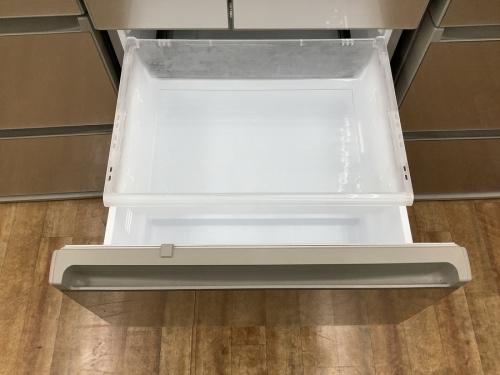 Panasonicの5ドア冷蔵庫
