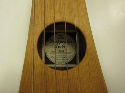 ギターのトラベルギター