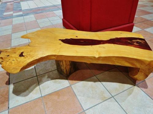 一枚板の家具