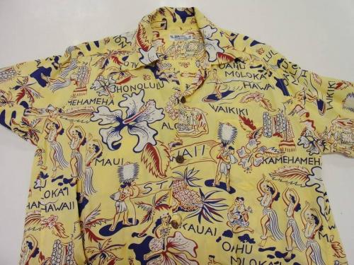 アロハシャツのサンサーフ