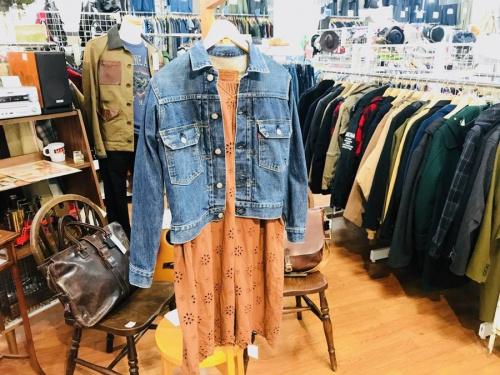 レディースファッションのリーバイス(LEVI'S)