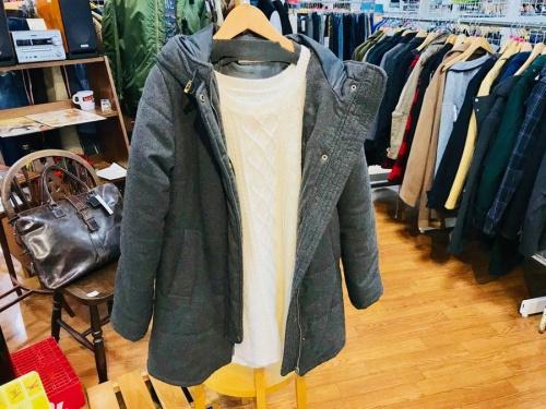 レディースファッションの中綿ジャケット