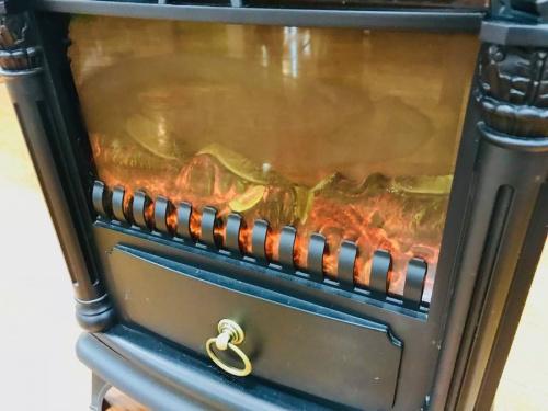 暖炉ヒーターの中央林間家具家電