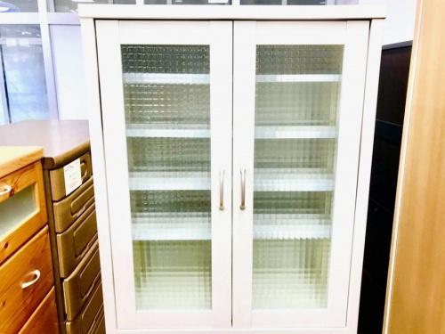 ユーアイの食器棚