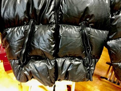 ダウンジャケットの中央林間衣類