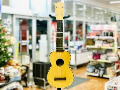 ウクレレのアコースティックギター