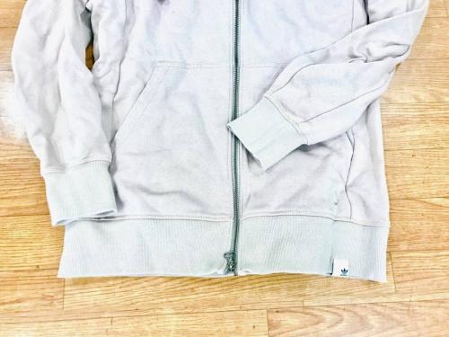 パーカーの中央林間衣類