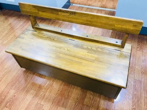 家具の収納ベンチ