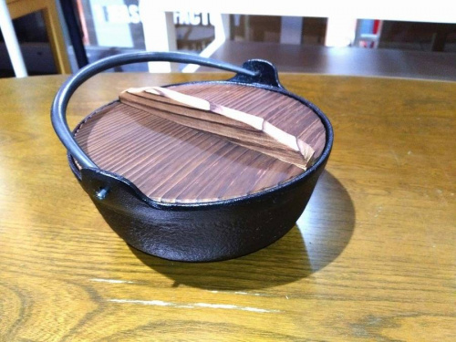 鉄鍋の南部鉄器
