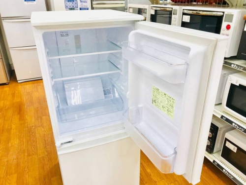 中古冷蔵庫のSHARP