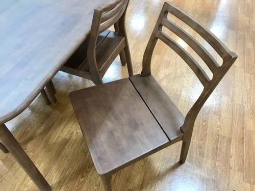 ダイニングテーブルの中央林間家具