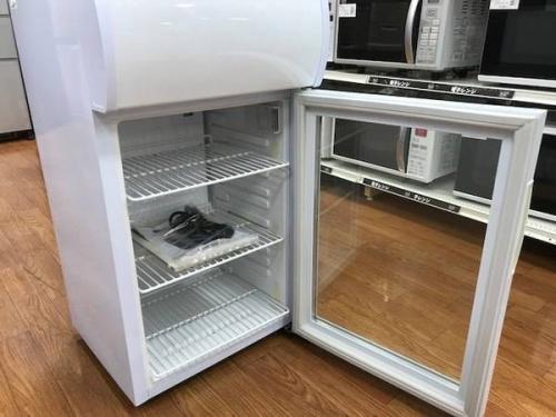 冷蔵庫のディスプレイクーラー
