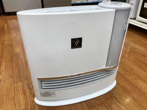 生活家電の加湿セラミックファンヒーター