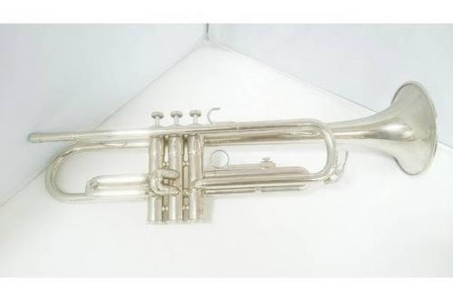 楽器の管楽器