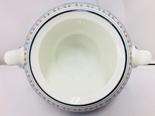 中古洋食器のWEDGWOOD