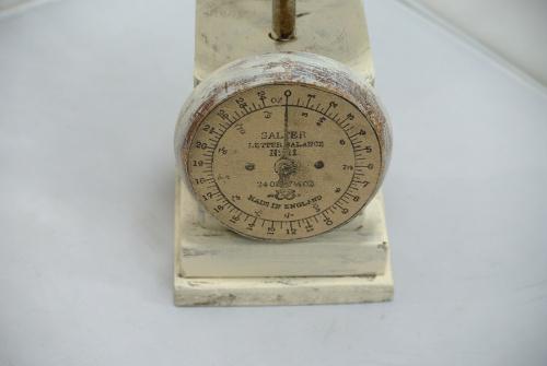 カントリー調計量器 置物の中央林間 中古販売