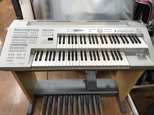 鍵盤楽器のエレクトーン