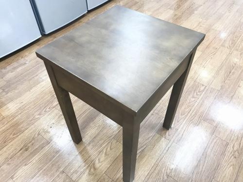 サイドテーブルの無印良品