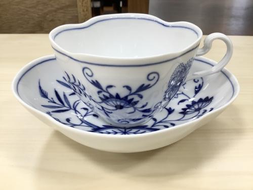 洋食器の兼用カップ&ソーサー