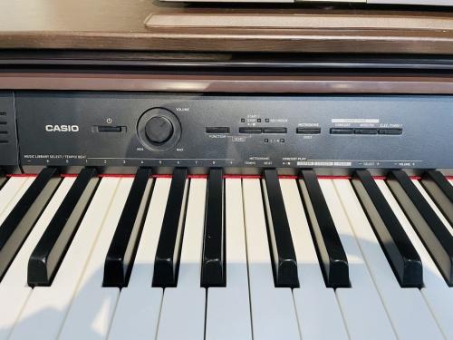 電子ピアノのCASIO(カシオ)