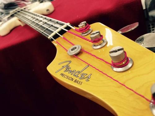 ベースの楽器買取