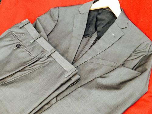 スーツのビジネスアイテム