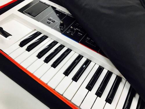 ROLANDのキーボード