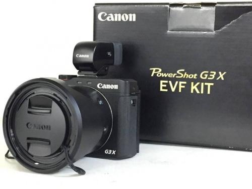 メンズファッションのデジタルカメラ