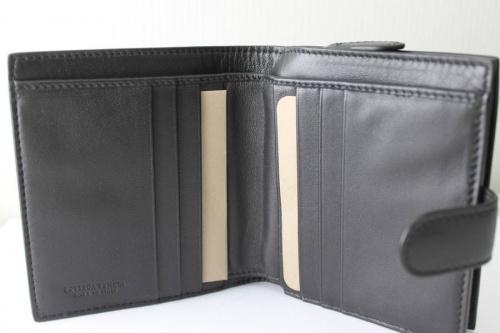 財布のBOTTEGA