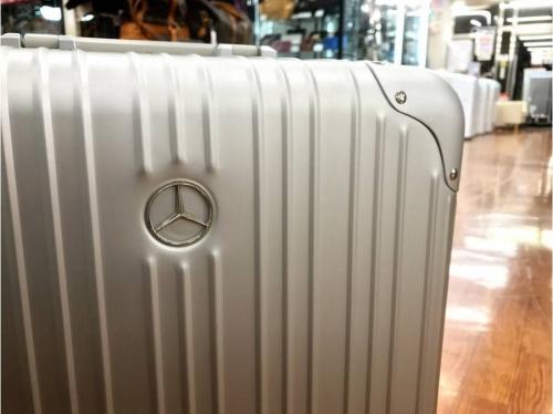 ブランド・ラグジュアリーのMercedes Benz