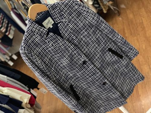 コートのシャツ