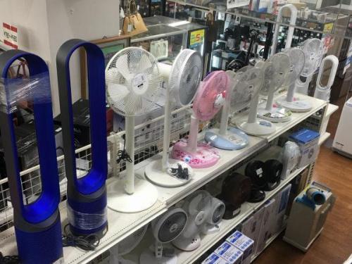 洗濯機 電子レンジ 炊飯器 サーキュレーター 扇風機 スマホ テレビ モニター ヘッドホン イヤホン カメラ AV機器 中古 買取