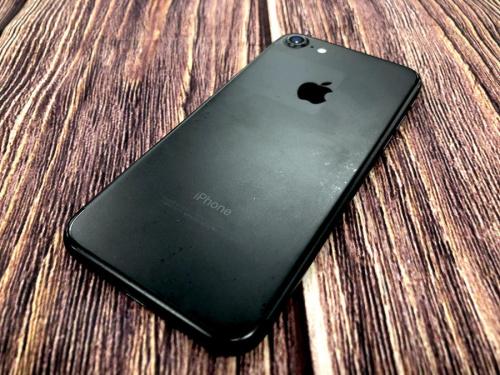 Apple(アップル)のau