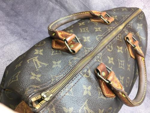 LOUIS VUITTONのハンドバッグ