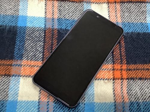 スマートフォンのSHARP