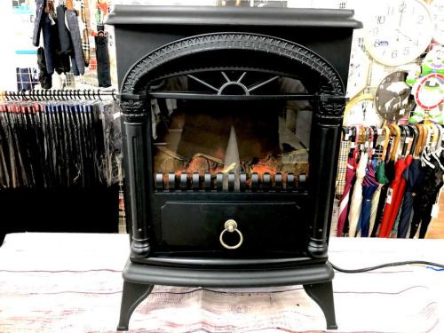 燃焼系暖房器具の暖炉型ファンヒーター