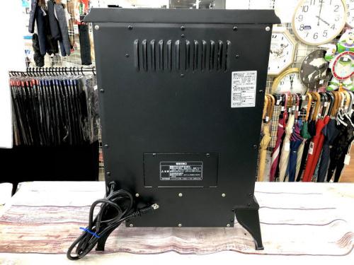 暖炉型ファンヒーターのNITORI/ニトリ