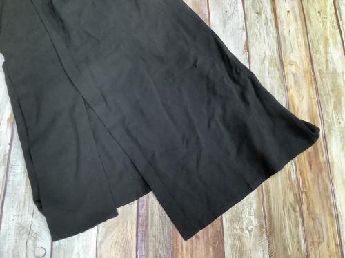 ワンピースの強撚ギャバフラシ布付きドレス