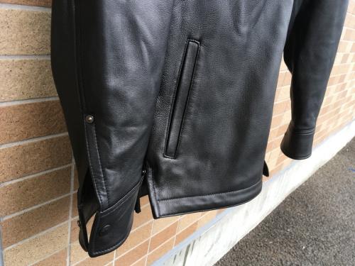 レザーウエスタンジャケットのSchott