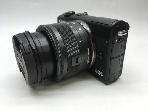 ミラーレスカメラのミラーレス一眼カメラレンズキット