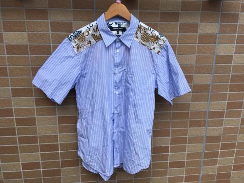 シャツのリゾート柄切替ストライプシャツ