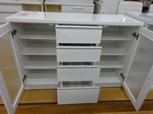 キッチンカウンターのキッチン家具
