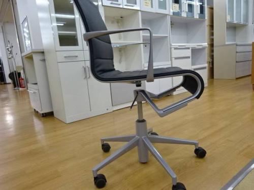 デスクチェアのブランド家具