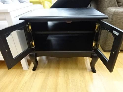 テレビ台の家具