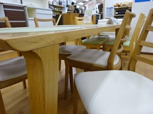 テーブルの大塚家具