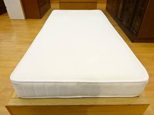 ベッドの無印